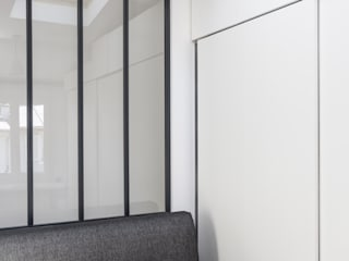 Salas de estilo moderno de Mon Concept Habitation Moderno