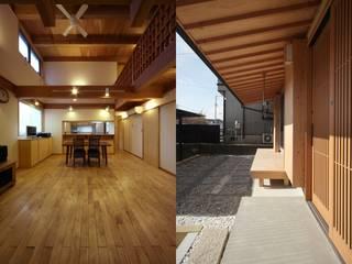 住宅01: 前田建築設計室が手掛けたリビングです。