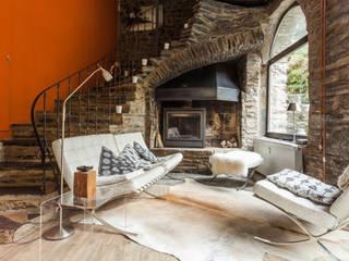 Ruang Keluarga Gaya Mediteran Oleh 2kn Architekt + Landschaftsarchitekt Mediteran
