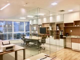 Legado Asset Espaços comerciais modernos por Collevatti Arquitetura Moderno