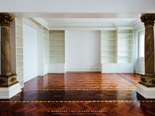 Apartamento Avenida António Augusto de Aguiar: Salas de estar  por NOVACOBE - Construção e Reabilitação, Lda.
