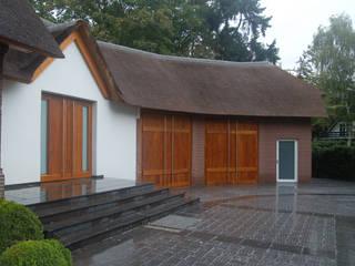 Rumah Gaya Country Oleh 2kn Architekt + Landschaftsarchitekt Country