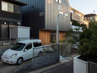 Ausgefallene Häuser von 五藤久佳デザインオフィス有限会社 Ausgefallen