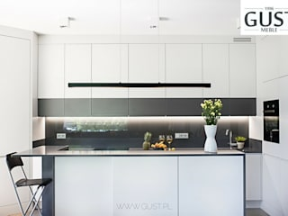 Modern style kitchen by GUST MEBLE Modern