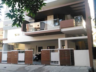 Mr. Swamy's residence at RR nagar Modern houses by SAHHA architecture & interiors Modern