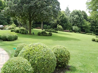Mit Gelassenheit und Eleganz 2kn architekt + landschaftsarchitekt Thorsten Kasel + Sven Marcus Neu PartSchG Garten im Landhausstil Holz Grau