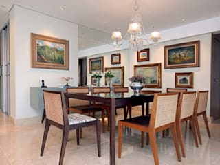 Classic style dining room by Atelier Tríade Arquitetura Classic