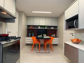 Atelier Tríade Arquitetura Cocinas de estilo clásico