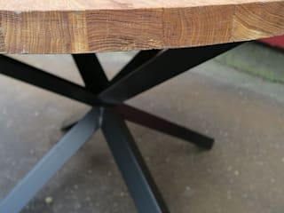 Stół dębowy okrągłu od NaLata - Meble Drewniane, Ariel Młotkowski Industrialny