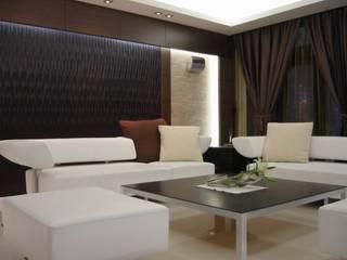 Living room by 云鼎設計/陳柏壽建築師事務所