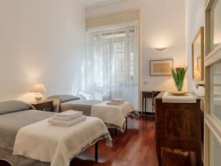 Classic style bedroom by cristina bisà Classic