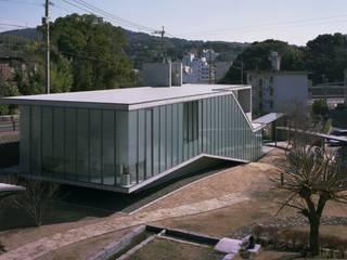 山側ファサード: 株式会社ラウムアソシエイツ一級建築士事務所が手掛けた美術館・博物館です。