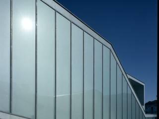 展示室西面: 株式会社ラウムアソシエイツ一級建築士事務所が手掛けた美術館・博物館です。