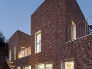 โดย 건축농장 Farming Architecture โมเดิร์น