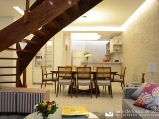 Residência ABP Tania Bertolucci de Souza | Arquitetos Associados Salas de jantar modernas