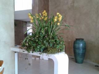 Arranjos de flores tropicais. Locais de eventos tropicais por Edu Leal Paisagismo Tropical