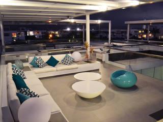 Terraza segundo piso: Terrazas de estilo  por DMS Arquitectas, Moderno