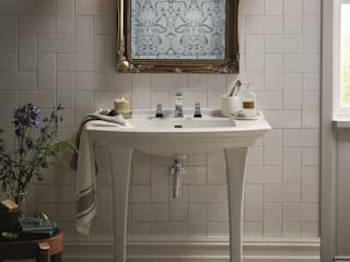 Blenheim collection Baños de estilo clásico de Heritage Bathrooms Clásico