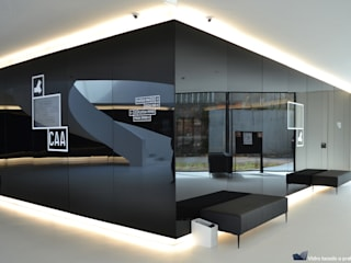 Sovinorte Exhibition centres Glass Black