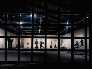 ギャラリー夜景: 株式会社ラウムアソシエイツ一級建築士事務所が手掛けた会議・展示施設です。
