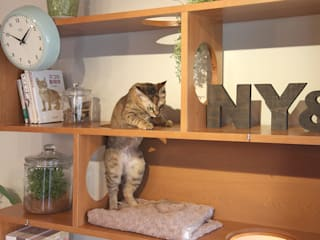 NYAND SHELF <CAVE> - Furniture for Cats and Humans - &lodge inc. / 株式会社アンドロッジ SoggiornoArmadietti & Credenze