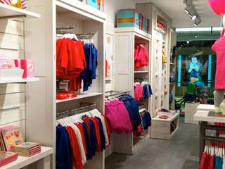 Lief! Lifestyle, Berlijn Moderne winkelruimten van Bleeker Concepts Modern