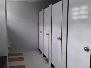 Renovate Toilet โรงเรียนปัญญาวุฒิกร มูลนิธิช่วยคนปัญญาอ่อนแห่งประเทศไทย ในพระบรมราชินุปถัมภ์ โดย iamarchitex