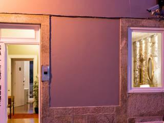 GALLERY HOME: Hotéis  por Nuno Ribeiro arquitecto,Moderno