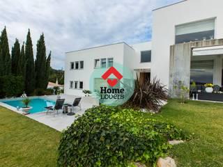 TO BUY * T4 + 2 + JARDIM + PISCINA + VISTA SERRA - SÃO BRÁS DE ALPORTEL: Casas modernas por HomeLovers Algarve