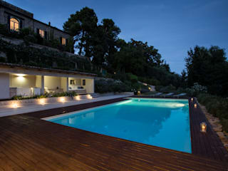 Mediterranean style pool by PLUS ULTRA studio Mediterranean