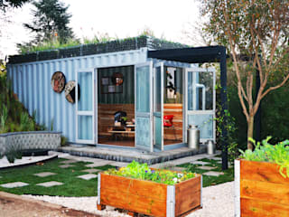Container Living Acton Gardens Industrial style houses Metal Brown