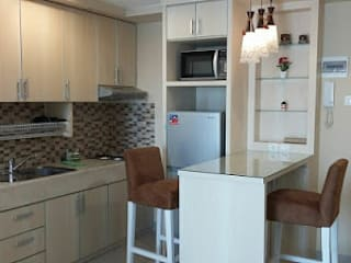 Interior Apartemen 2 Bedroom Kalibata City CV TRIDAYA INTERIOR BedroomAccessories & decoration Purple/Violet