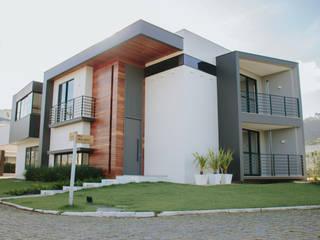 Projeto Arquitetônico Residencial na Praia Brava:   por Schwinden & Petry Arquitetura