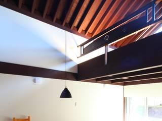 japanese: 株式会社 鎌倉設計工房が手掛けたリビングです。