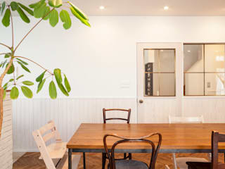 aestates-リノベマンションから、リノベ戸建てに住み替える モダンデザインの ダイニング の 株式会社ブルースタジオ モダン