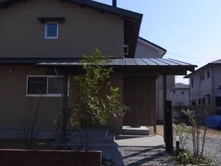 吉野の山守さんとつながる家 モダンな 家 の FRONTdesign モダン
