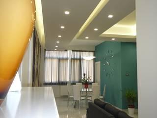 現代風玄關、走廊與階梯 根據 Studio di Progettazione e Design 'ARCHITÈ' 現代風