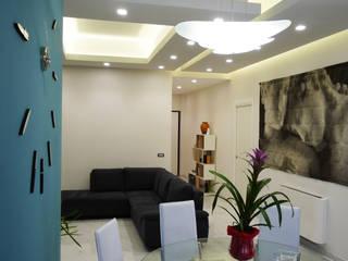 Appartamento Daniele ed Angela: Soggiorno in stile  di Studio di Progettazione e Design 'ARCHITÈ',