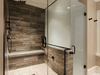 Minimalist style bathroom by BOWA - Design Build Experts Minimalist