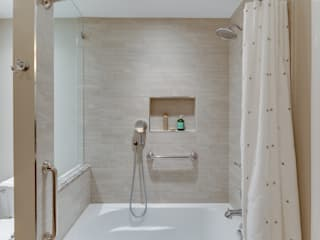 Phòng tắm by BOWA - Design Build Experts