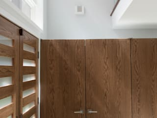 Annapolis Renovation/Addition Modern Corridor, Hallway and Staircase by ARCHI-TEXTUAL, PLLC Modern