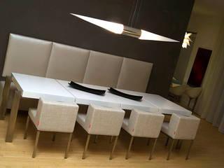 Dining room by Claudia Luján,