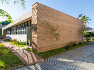 by Diego Alcântara - Studio A108 Arquitetura e Urbanismo Modern