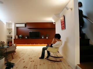 コト Living roomStorage Wood Wood effect