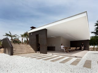 : Casas  por Raul Garcia Studio,Moderno