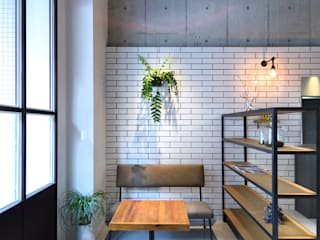 Industrial style offices & stores by TRANSFORM 株式会社シーエーティ Industrial