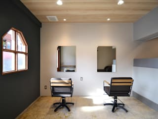 Rustic style offices & stores by TRANSFORM 株式会社シーエーティ Rustic