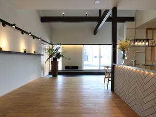 에클레틱 거실 by AD-HOUSE/株式会社大喜建設 에클레틱 (Eclectic)