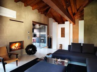 Daniele Franzoni Interior Designer - Architetto d'Interni Modern Living Room Wood Beige