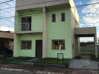 Reforma Externa Fachada Residência Cidade Jardim I: Casas  por Marco Lima Arquitetura + Design,Moderno